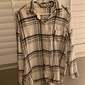 American Eagle Boyfriend Fit Long-Sleeved Shirt